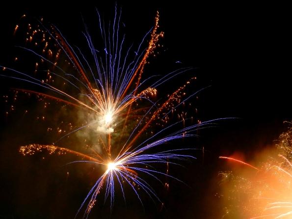Bienvenidos, 2012! Feliz Ano Nuevo!